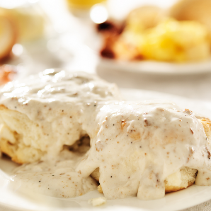 Simple White Country Gravy - Only 5 Ingredients